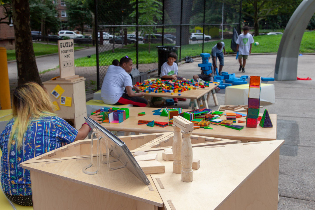 02_2018-07-31-135253_foresthouses_nycha_1080px