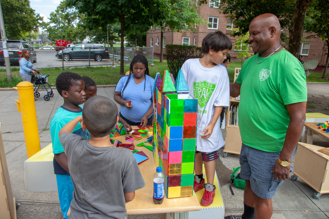 05_2018-07-31-150402_foresthouses_nycha_1080px
