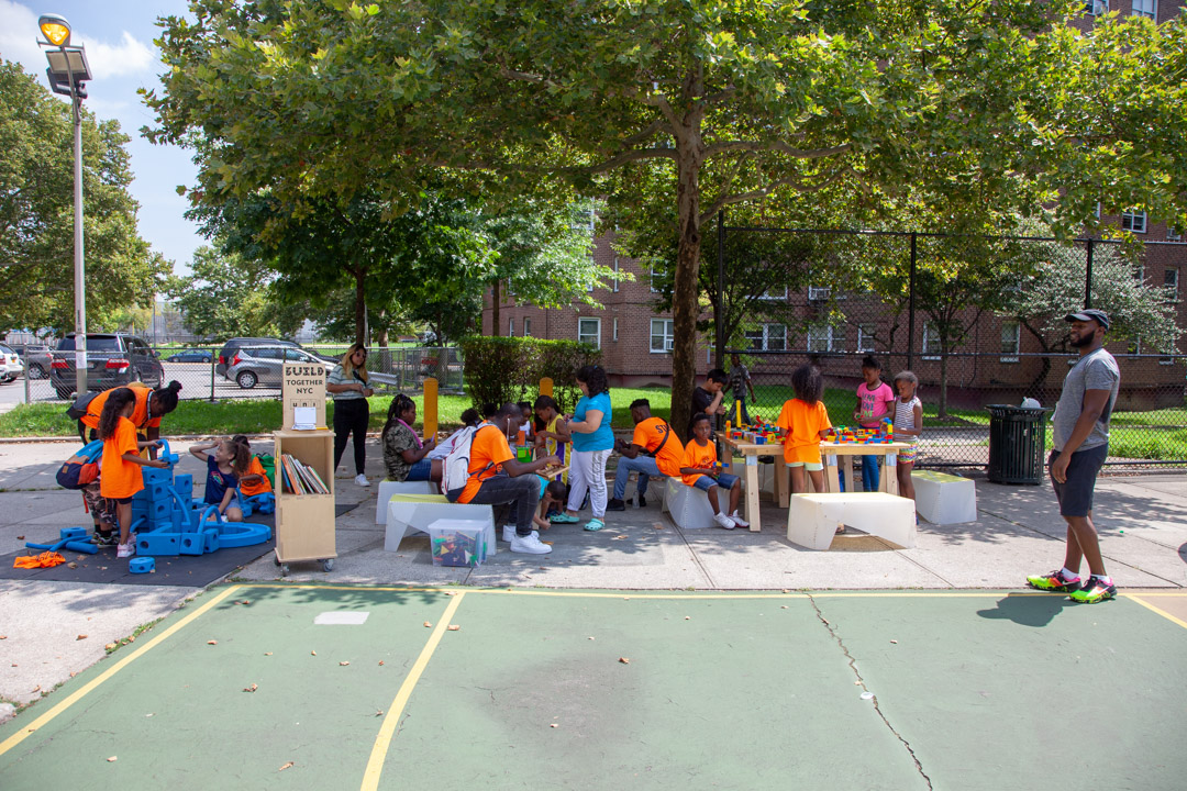 09_2018-08-08-131359_foresthouses_nycha_1080px